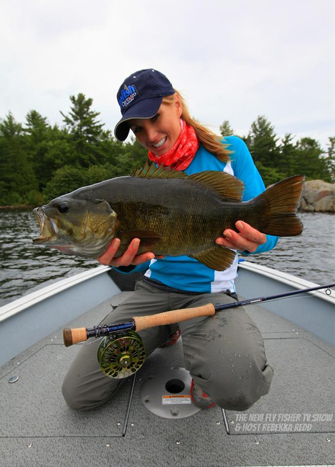 Fishing guides fishing northern ontario fishing for Smallmouth bass fly fishing